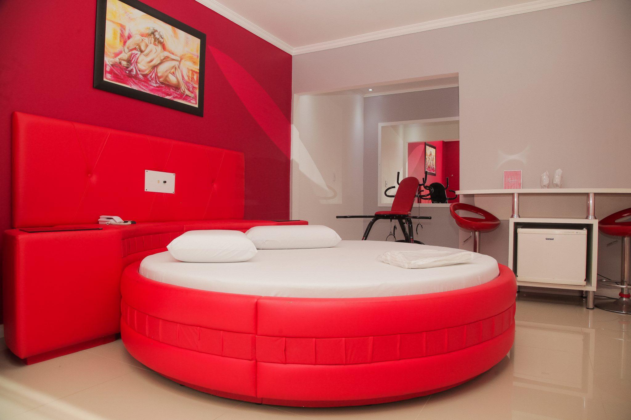 Apartamento 3 estrela com cadeira erótica (18)